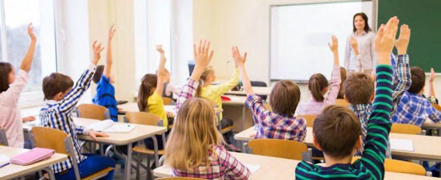 Laag aanzien + laag salaris = lerarentekort