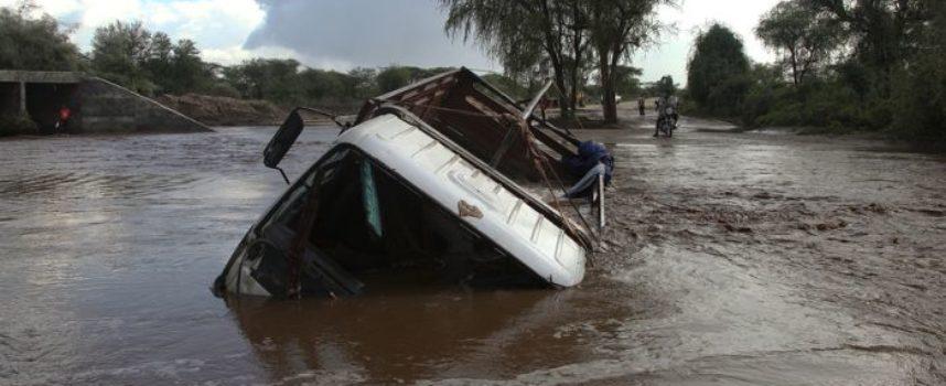 Het gevaar van een auto te water