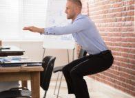 Plots waarschuwt de bureaustoel: rechtop zitten jij!