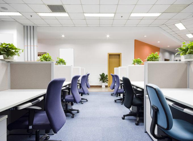 Jouw kantoor van nieuwe meubels voorzien